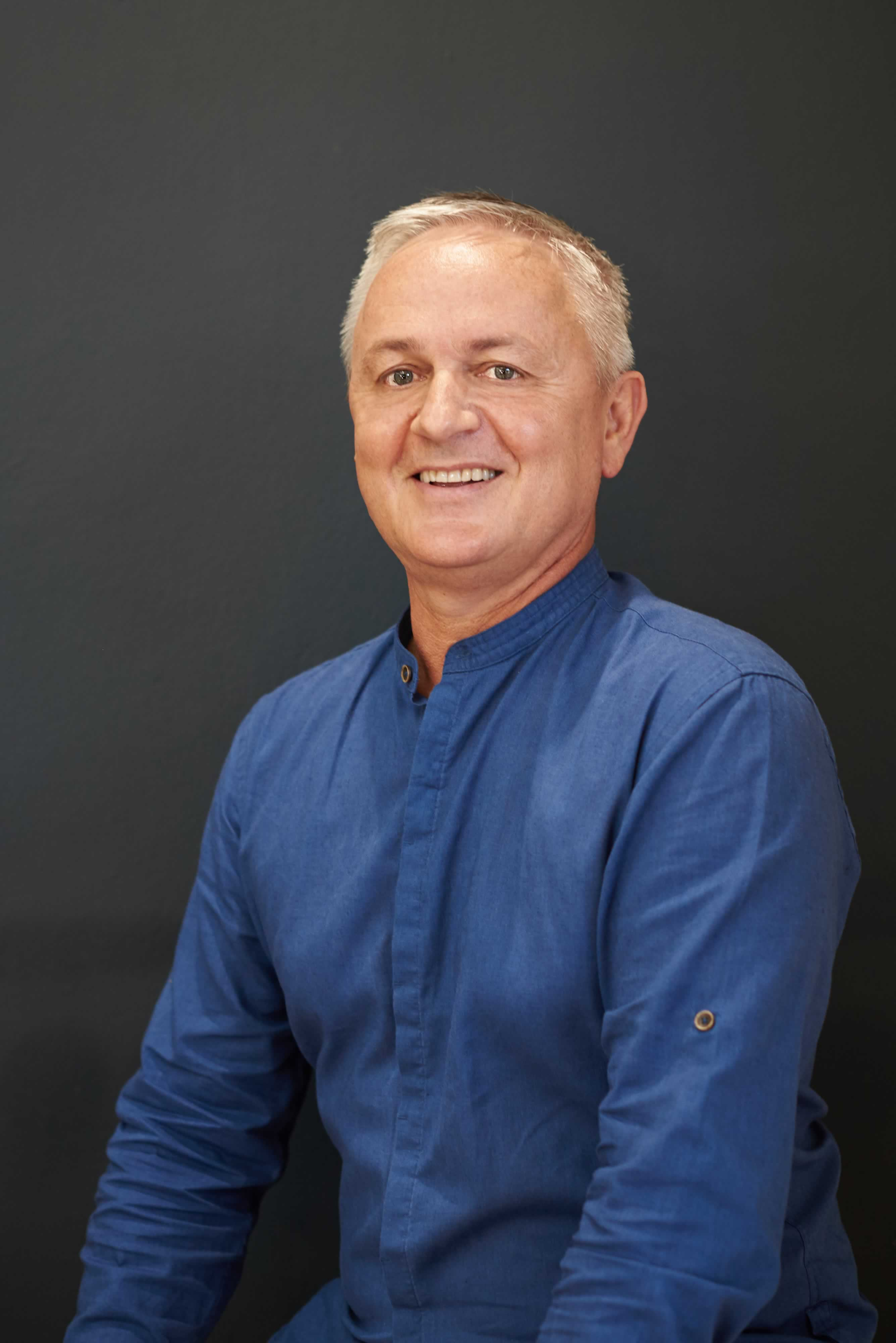 Dr Marius Coetsee